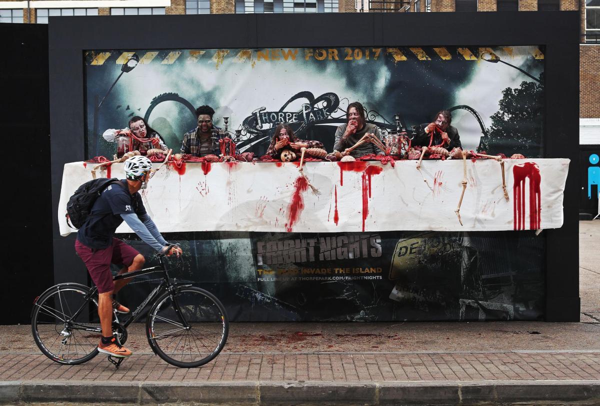 walking-dead panneau street-marketing